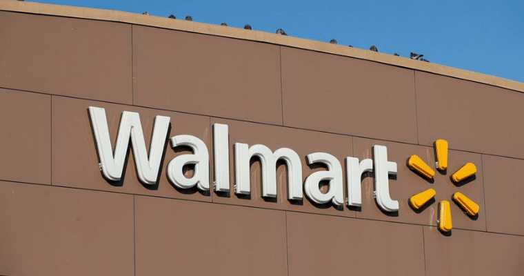 Walmart aims to hire 20000 supply chain employees for its holiday season